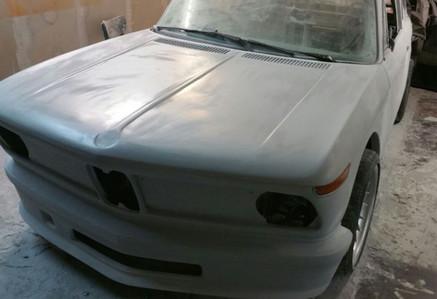BMW-02-XXL-Herstellungsphase Motorhaube