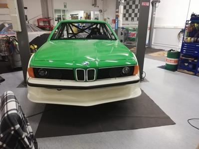 BMW-635csi