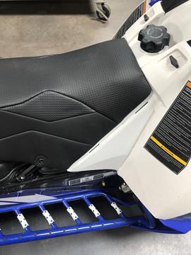 Skinz YAMAHA & A/C 9000 Lightweight Seat