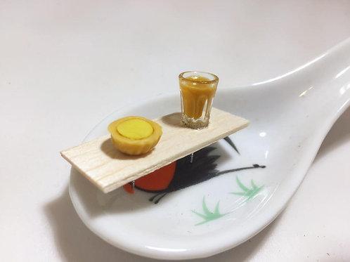 Ear rings in mike tea &egg tart design十兄弟奶茶蛋撻耳環/耳夾