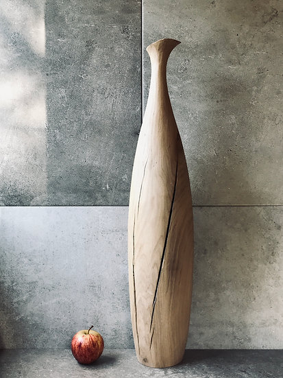 Extra tall vase in oak with fluted neck