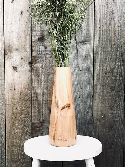 Oak vase