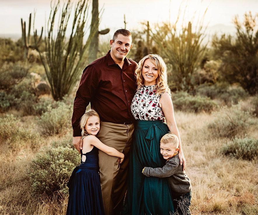 Tucson family photographer, Tucson photographer, Tucson family, Saguaro Nationakl Park, Arizona photographer, Arizona family photographer
