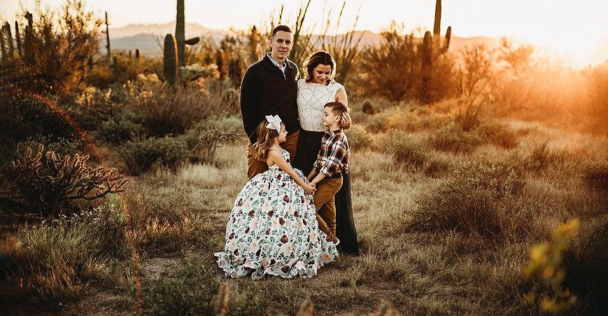 Tucson family photographer, tucson photographer, Saguro National Park, Arizon. family