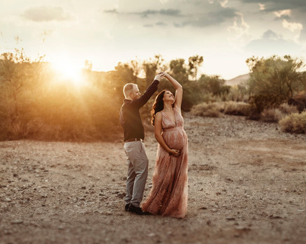 Yuma maternity photographer