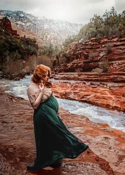 Sedona Maternity Photographer