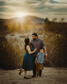 Top 5 Tips for Choosing Your Family Photographer