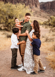 Apache Junction. AZ family photographer