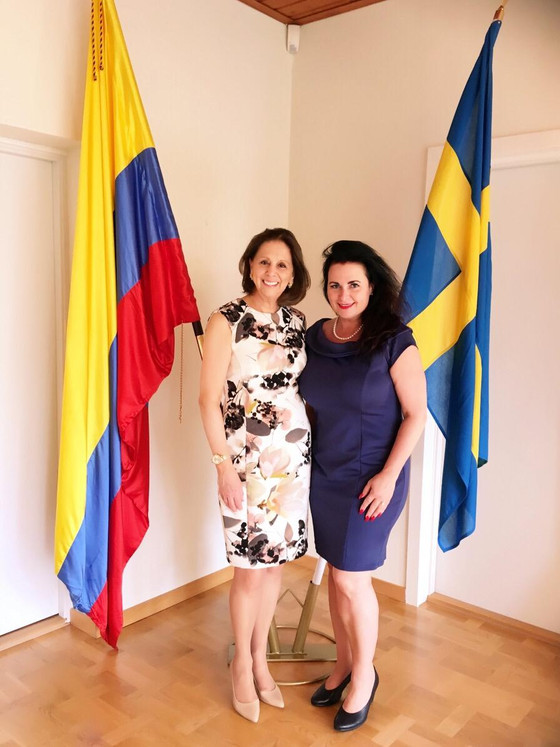 Good Goverment Affairs - Colombia - peace - cooperation - development. This Thursday we spend the af