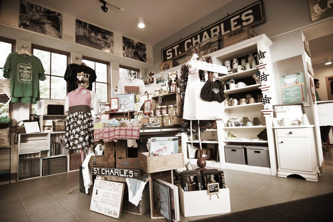 Curious Fox Gift Shop.jpg