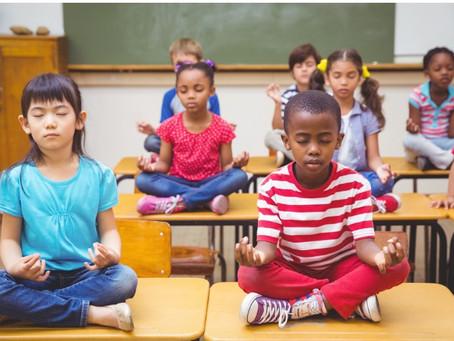 La Mindfulness migliora l'attenzione dei bambini a scuola - uno studio sul MBATC