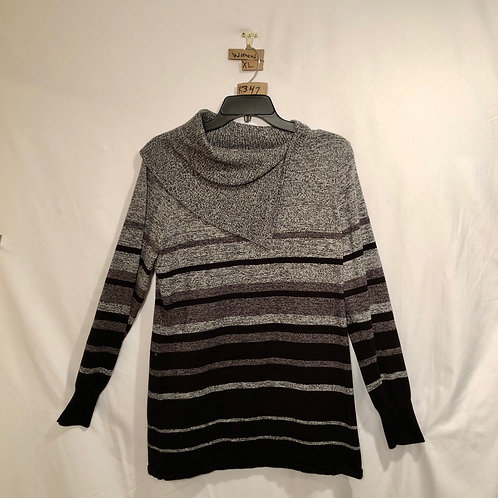 Women's black and grey sweater