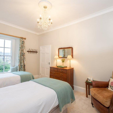 Twin or double room with bath