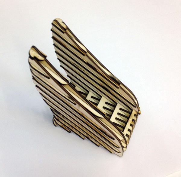 כנפיים-לוחות-עץ.jpg