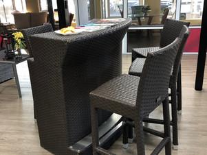 Démo Ensemble usagé bar + 4 chaises rotins extérieur