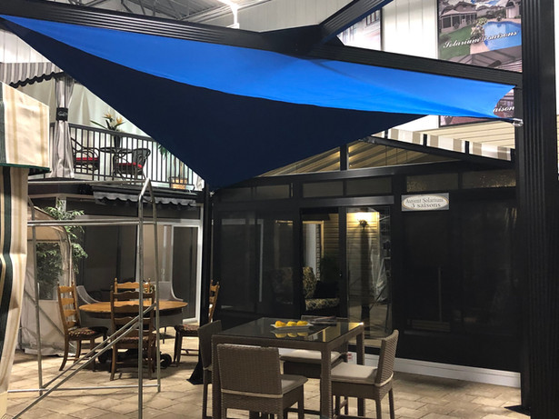 Demo Sail shelter 135 inches x 135 inches Blue Canvas, black structure