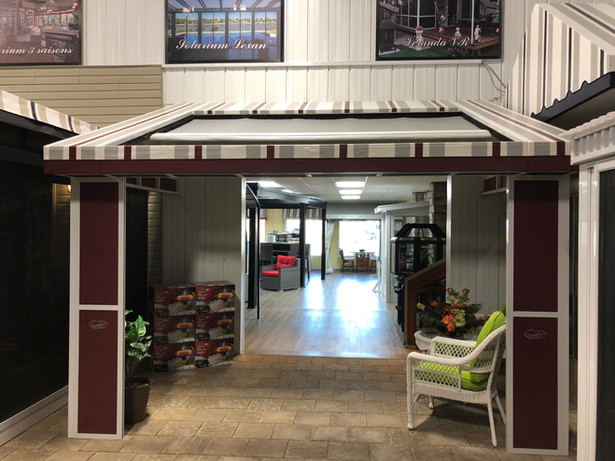 Demo Hybrid awning 145 inches x 99 inches