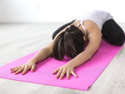 Increíbles sesiones en YouTube por yoga con Adriene y por qué los amamos