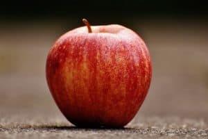 La pomme, considérée comme l'un des aliments sains les plus utilisés