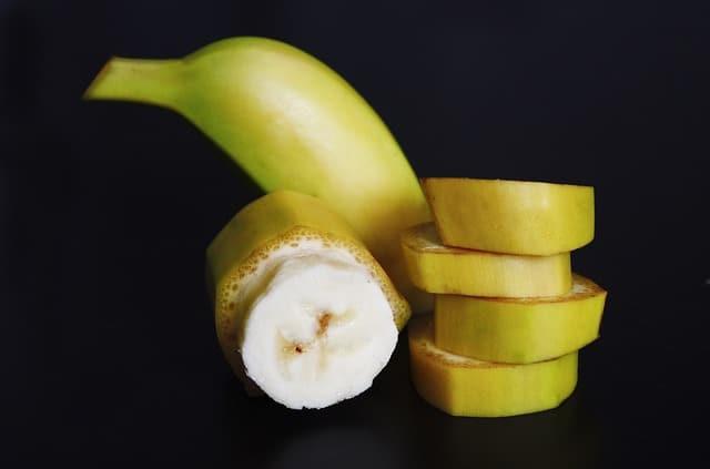 banana, sliced, pieces