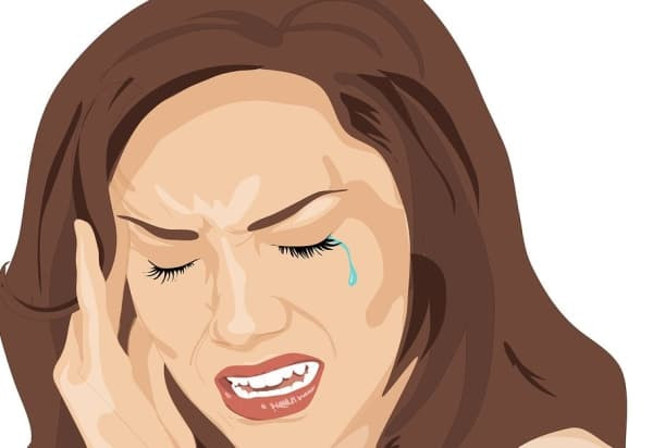 maux de tête accompagnant les nausées