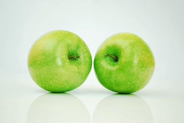 pommes vertes, fruits