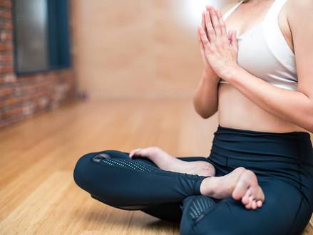 5 poses de yoga para principiantes