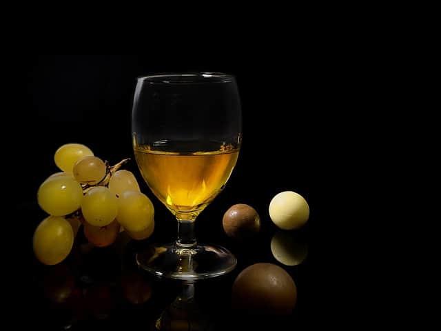 grape, chocolate, liqueur