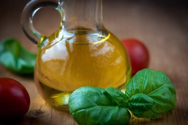 Olive oil, a highly prized remedy against snoring