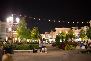 A perfect evening at Bridge Street Towne Center - Winslow enjoys providing music for the guests at Bridgestreet. Special thanks to Count It Joy Photography for the photo
