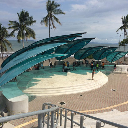 Winslow loved the opportunity to play at the ampitheater in Puntarenas, Costa Rica