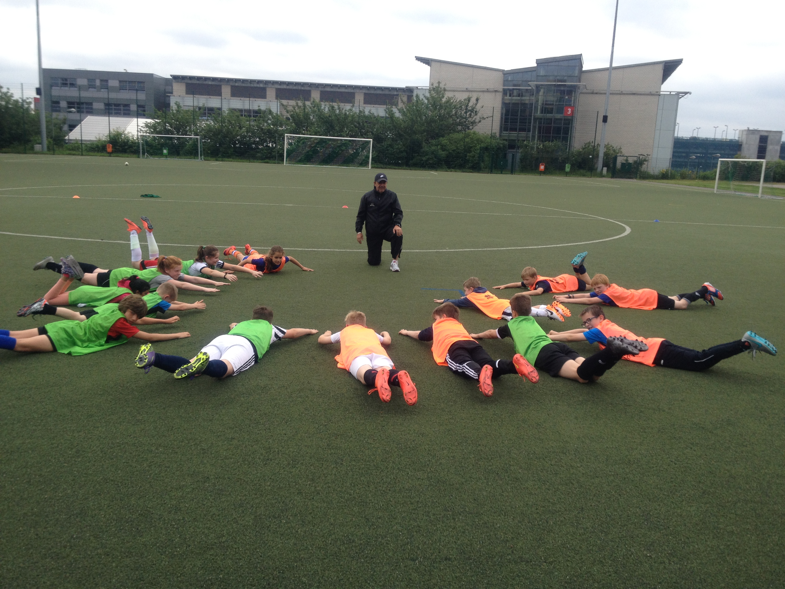 FKA Scolaires Camp Training B