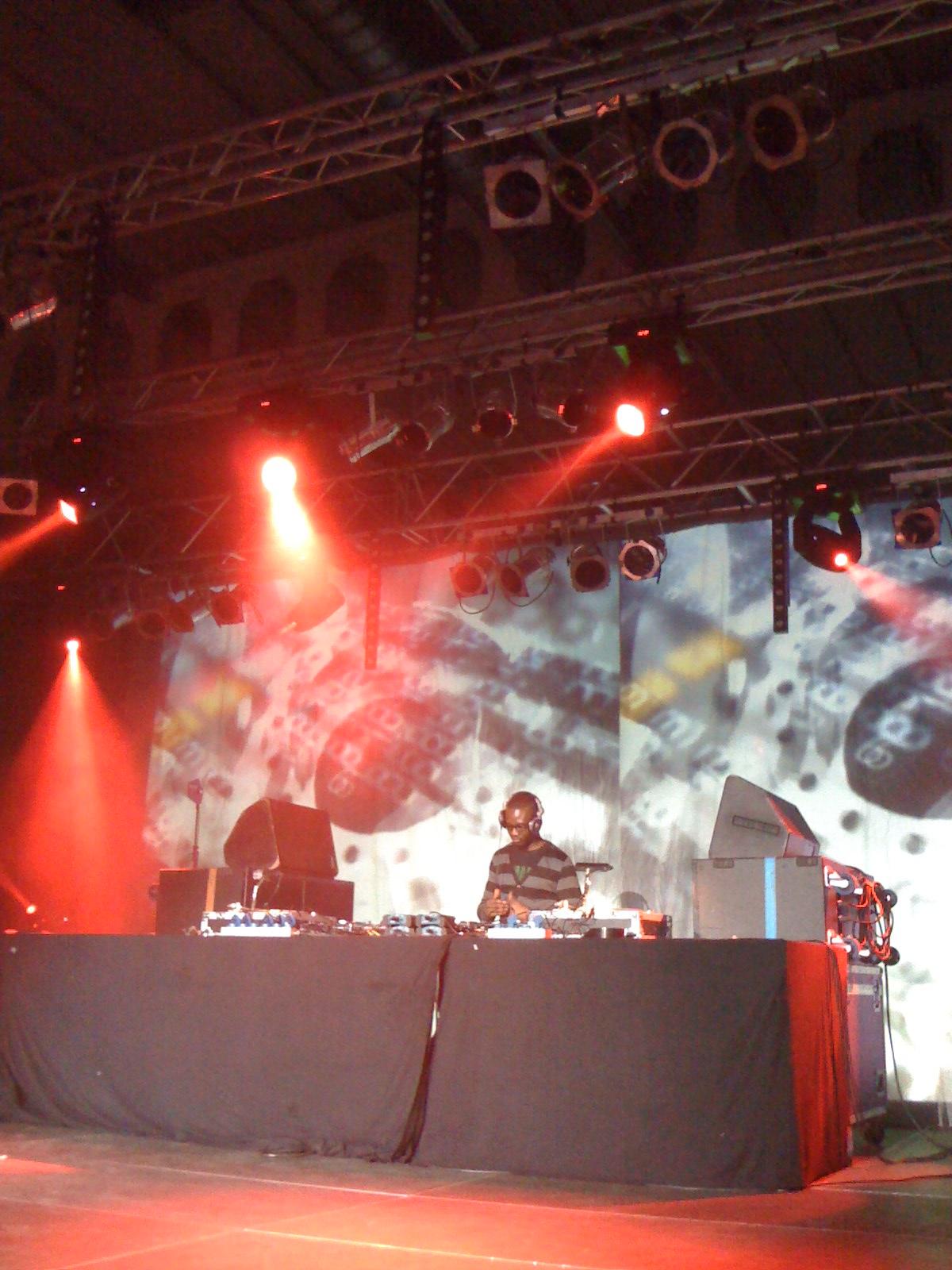 Octopus Link Event Manager - DJ Groove.JPG