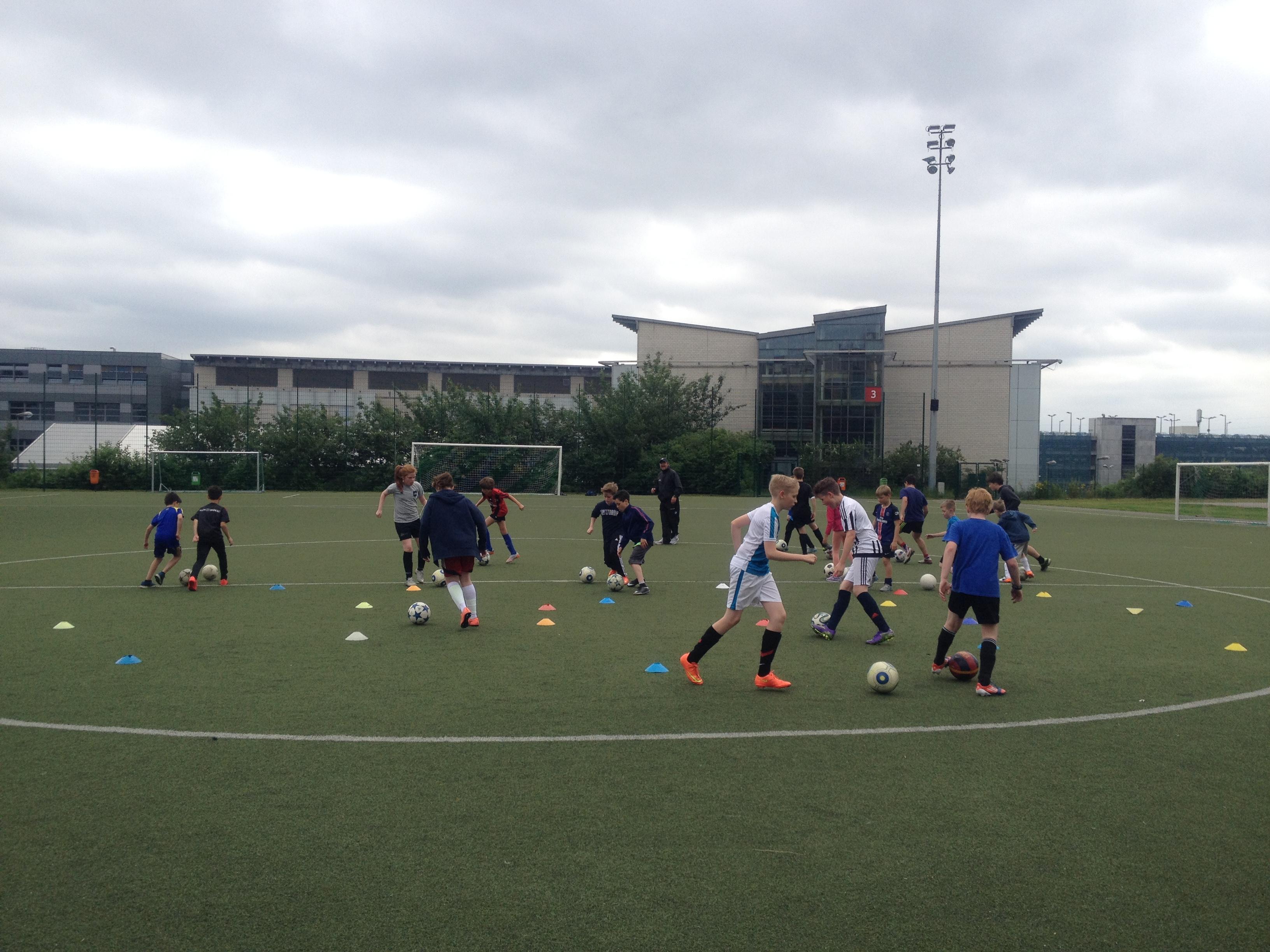 FKA Scolaires Camp Training C
