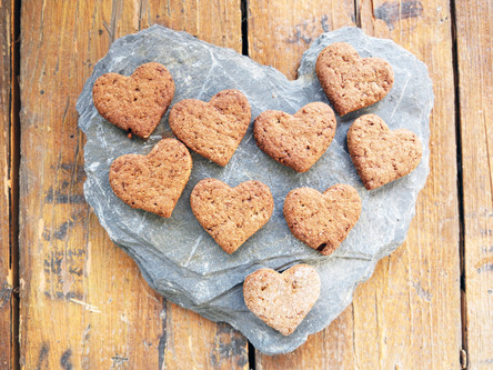 All you need is Love & Spicy vegan cookies