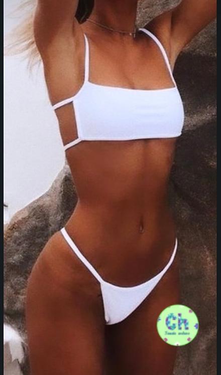 Bikini diseño abierto al costado