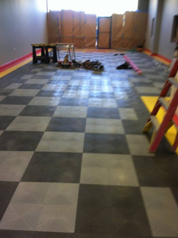 CUSTOM GARAGE FLOOR