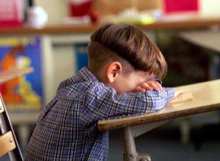 4,5 problemas mais comuns da adaptação escolar do seu filho: saiba como lidar com eles.