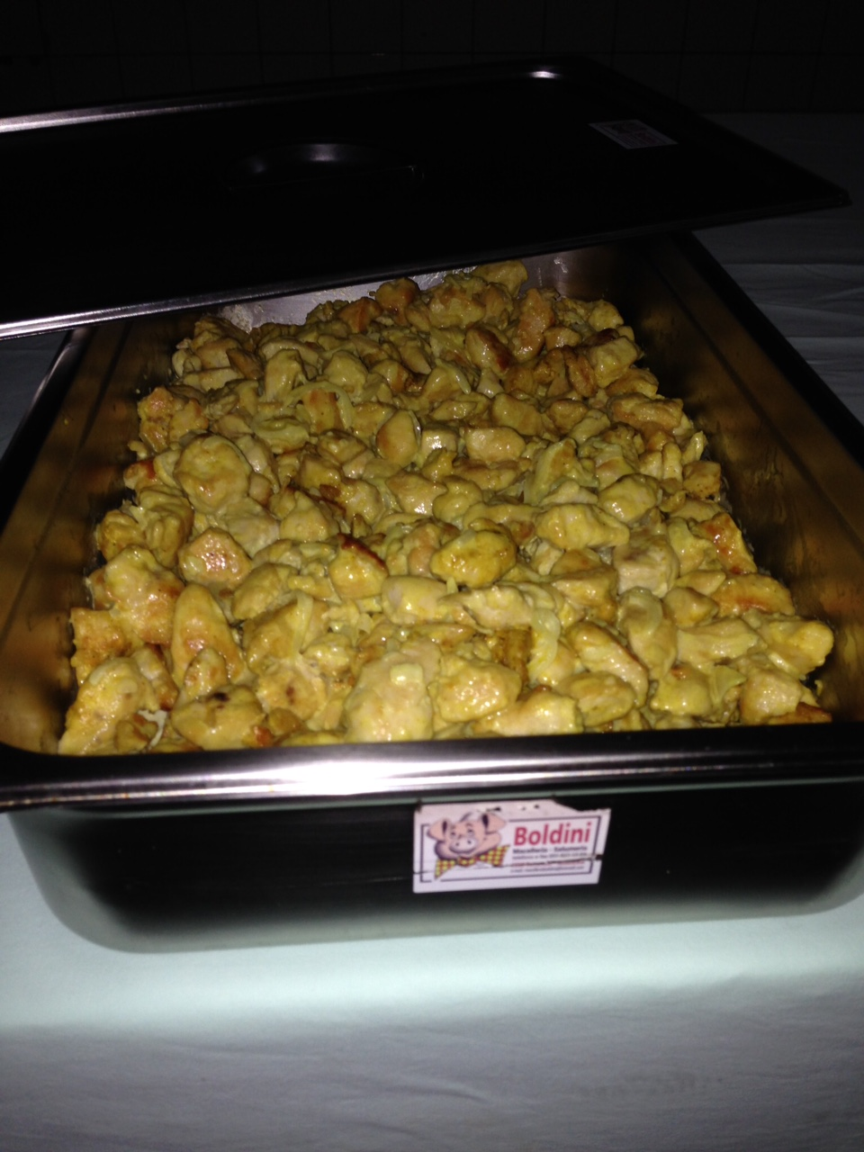 Trinciato pollo al curry
