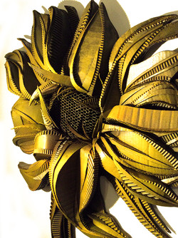 SUNFLOWER (DETAIL, RIGHT VIEW)