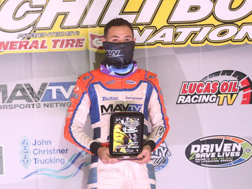 Kyle Larson Holds On For His Fourth Warren CAT Qualifying Night Victory