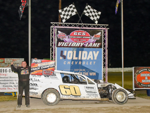 Grayson County Speedway action by Debra Hix