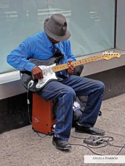 NYC Guitarist.jpg