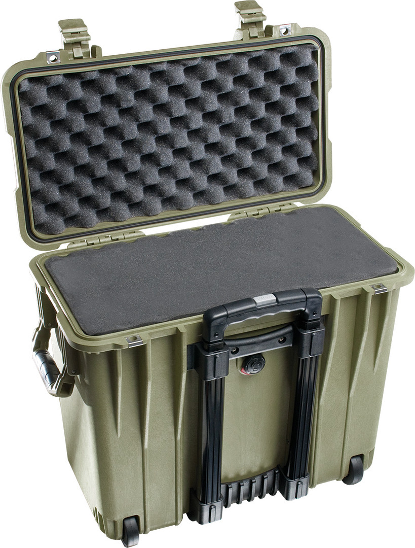 pelican-1440-green-laptop-foam-case.jpg