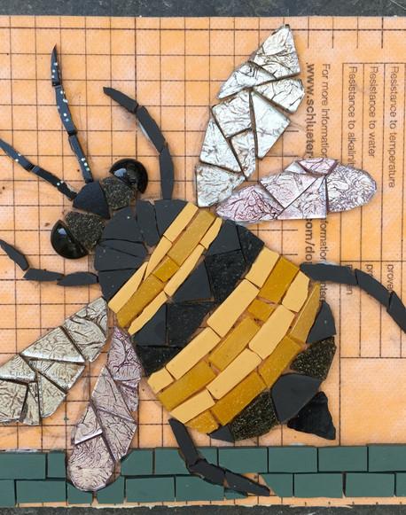 Alice's bee