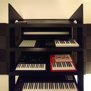 Synth stand