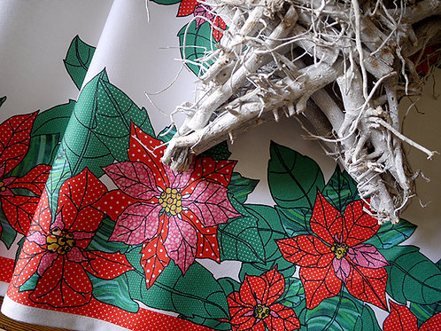 Poinsettia Merry and Bright | Table Runner