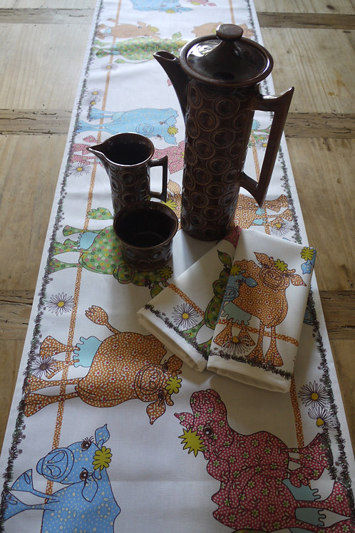 CowGirls  | Table Runner