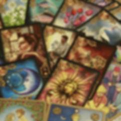 ταρώ, αυτογνωσία, συμβουλευτική, μαγεία Γλυφάδα