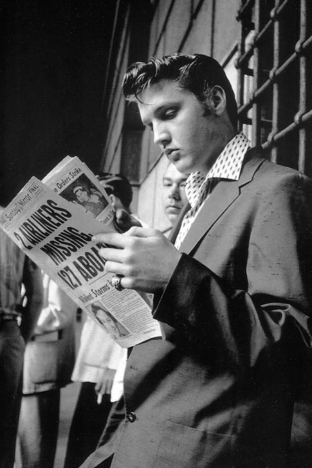Elvis by Wertheimer - July 1, 1956. Penn